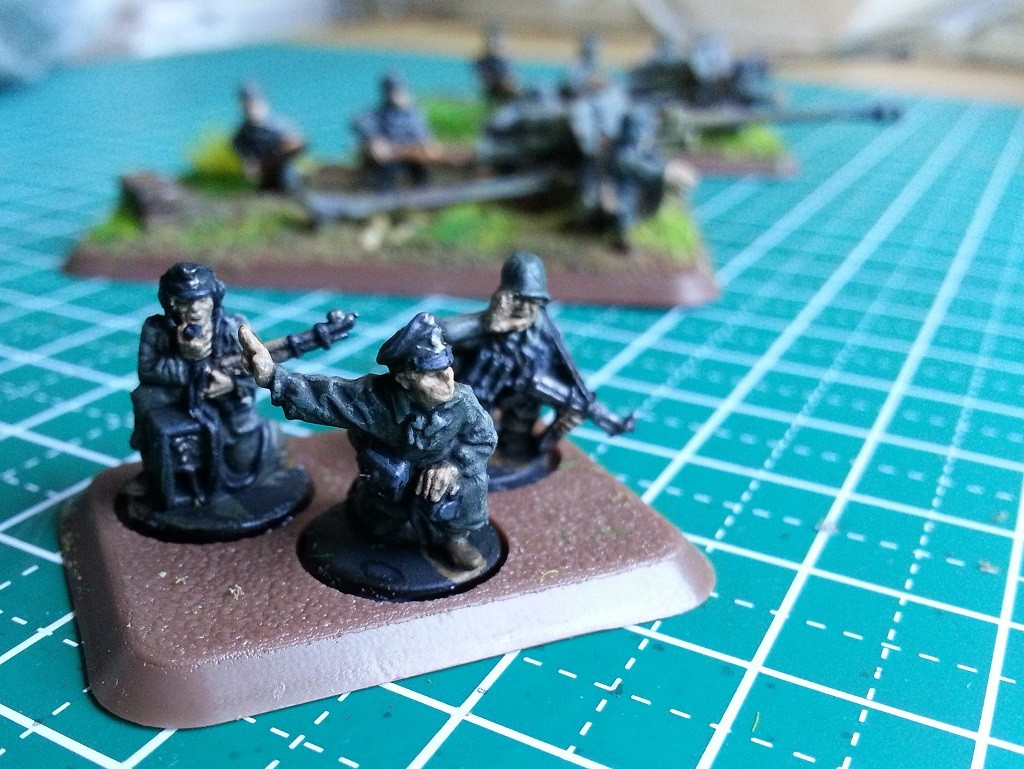 Flames of War HQ section started